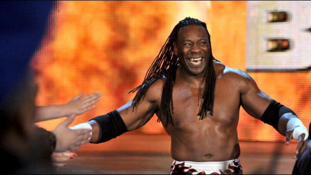 Booker T recebendo diversas ofensas por causa de comentário no RAW