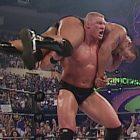 Vickie Guerrero dévoile la feuille de réservation de la WWE pour les événements en direct de juillet 2002, Jim Ross répond