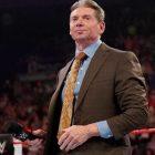 L'équipe de tag libérée semble troller Vince McMahon avec son dernier T-shirt
