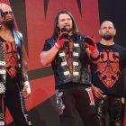 AJ Styles blessé par la sortie de Karl Anderson et Luke Gallows à la WWE