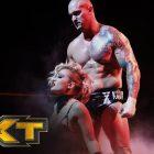 La WWE aurait de grands espoirs pour Karrion Kross, Mick Foley réagit aux débuts de Kross et Scarlett