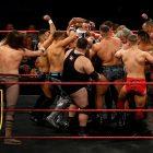 La WWE garde les talents britanniques occupés avec des «sessions de crâne» pendant la pandémie de COVID-19, des enregistrements se produiront bientôt?