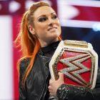 Vendredi soir News Update (5/1) - Becky Lynch attire l'intérêt d'Hollywood, la superstar de la WWE confirme les blessures et un autre État prévoit d'autoriser les fans dans les arènes