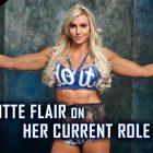 Charlotte Flair explique pourquoi la WWE l'a mise en compétition sur les trois marques