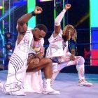 Nouvelles de la WWE: Kofi Kingston et Big E se mettent à genoux pour montrer leur soutien au mouvement Black Lives Matter