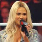 WWE News: Lana présente ses cornichons pour chiots, de nouvelles marchandises WWE, le film The Rock's Hitting Starz