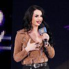 Paige pense que les titres des équipes féminines de la WWE ont été jetés sous le tapis et ne sont pas pris au sérieux