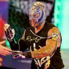La WWE taquine toujours que Rey Mysterio prendra sa retraite