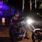 Undertaker parle de la vision originale de Feud avec AJ Styles, découvrant que son frère était décédé, filmant le match Boneyard hors site