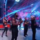 La WWE a utilisé un P.A. système pour dire aux lutteurs NXT fatigués d'être plus vifs lors des enregistrements télévisés