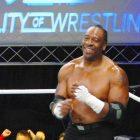WWE Legend Booker T sur les coulisses de la WWE en cours d'annulation