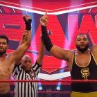 Récapitulatif de la WWE (7/20) - Street Profits (Montez Ford et Angelo Dawkins) a battu Andrade et Angel Garza (avec Zelina Vega}