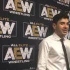 Tony Khan sur la WWE NXT Vs. Notes AEW, Orange Cassidy étant un Main Eventer, COVID-19, Sonny Kiss