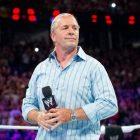 "Le Hall of Famer de la WWE Bret Hart rend hommage à Mark ""Rollerball"" Rocco"