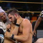 REGARDER: Le match WWE NXT de Johnny Gargano modifié après une bosse effrayante sur son cou
