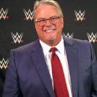 Bruce Prichard commente Hulk Hogan faisant pression pour que Honky Tonk Man remporte le titre IC