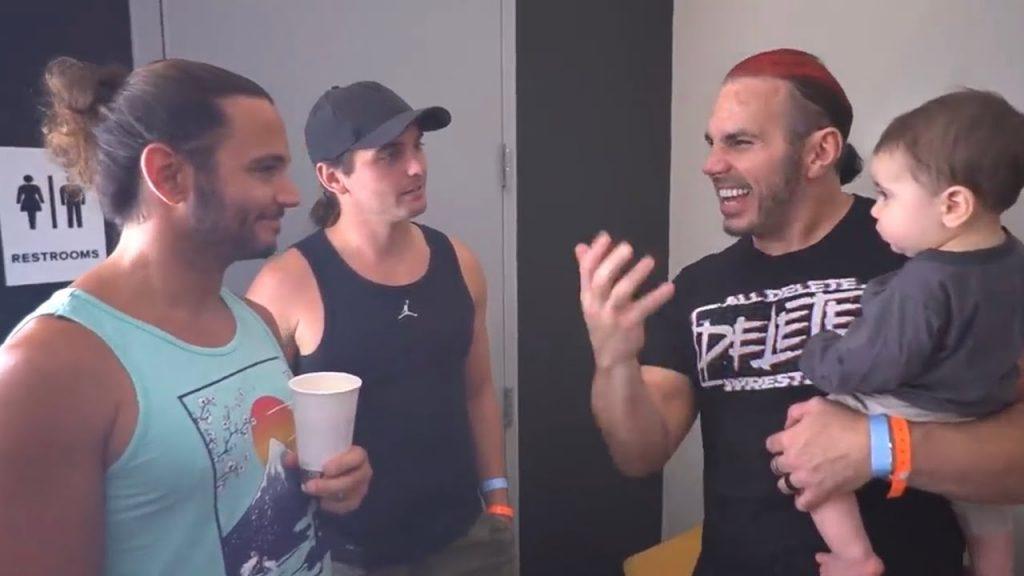 Christy Olson conteste le rapport récent concernant les classes promotionnelles de la WWE utilisant des accessoires