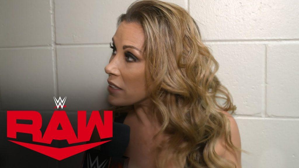 Mickie James révèle ce qui est arrivé à la fin de son match pour le titre sur RAW