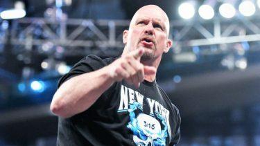 Une ancienne star de la WWE dit qu'on lui a dit que Steve Austin était raciste