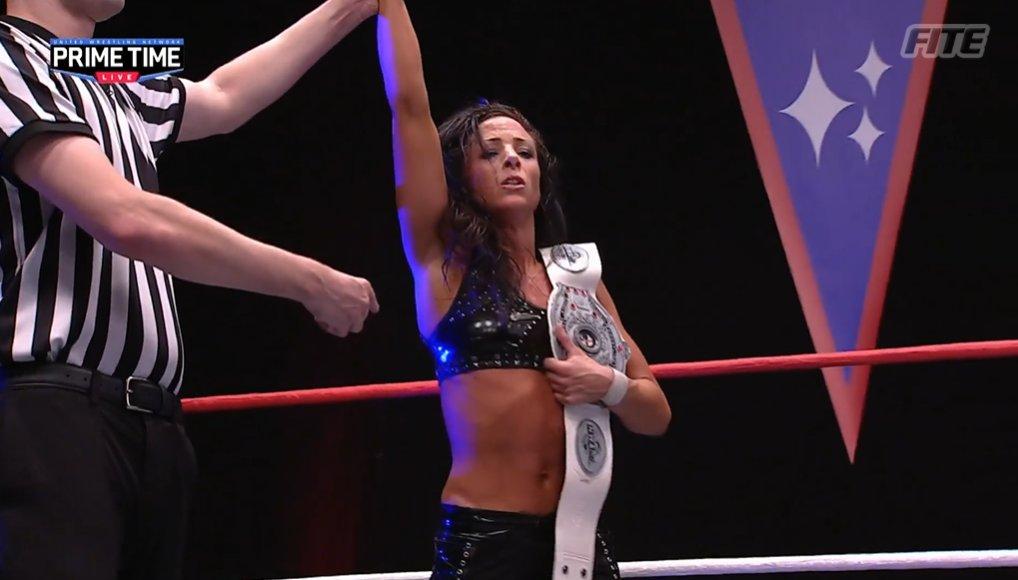 Serena Deeb détrône Thunder Rosa pour remporter le titre mondial féminin NWA
