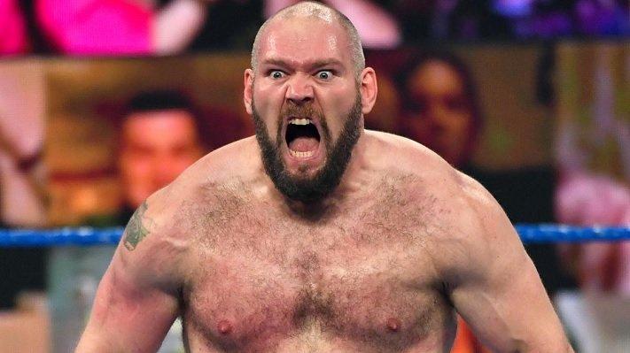 La WWE aurait discuté des plans pour une grande querelle impliquant Lars Sullivan