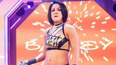 Bayley révèle comment elle a violé le code vestimentaire à l'essai de la WWE