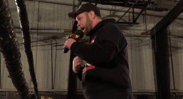 Jimmy Rave se retire de la lutte professionnelle en raison d'une amputation du bras