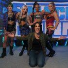 Natalya se qualifie pour la série Survivor alors que Bayley complète l'équipe