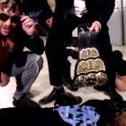Kenny Omega attaque le champion du monde de l'Impact Rich Swann, réservé pour un match difficile à tuer en pay-per-view