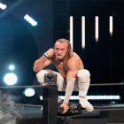 La WWE annonce officiellement la signature de Ben Carter, Seth Rollins réagit