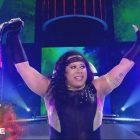 Outsports rend hommage à Nyla Rose, les 10 meilleurs matchs de la WWE en 2020 |  Mise à jour de la taille du combat