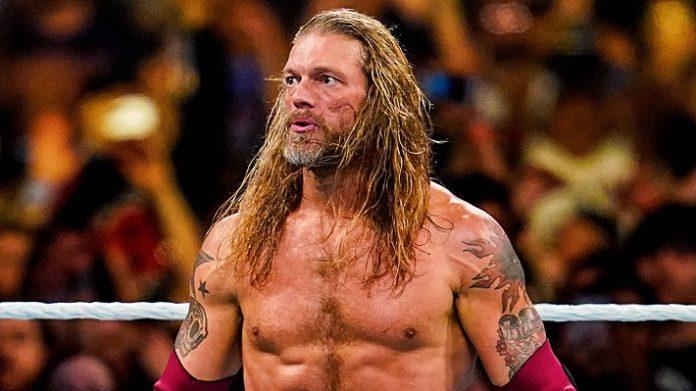 WWE News: Edge choisit Roman Reigns pour faire face à WrestleMania 37 pour le championnat universel 2