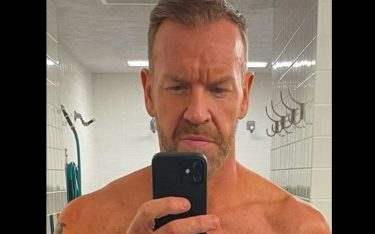Christian révèle d'impressionnantes photos avant et après tout en s'entraînant pour le retour du Royal Rumble