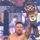 Le Miz encaisse de l'argent dans le contrat bancaire pour gagner le titre de la WWE