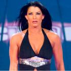Victoria dit qu'elle est devenue émotive quand elle a découvert qu'elle nettoyait la maison au Royal Rumble, comment Bayley et Ruby Riott ont aidé à calmer ses nerfs