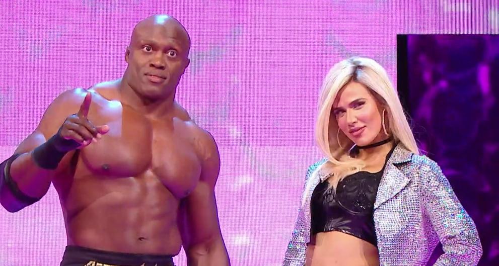 Lana félicite Bobby Lashley pour sa victoire au championnat de la WWE, Top 10 des moments RAW