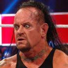 The Undertaker a forcé les superstars à présenter des excuses à Triple H pour ...
