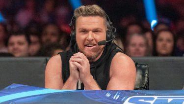 Plans rapportés par la WWE pour Pat McAfee en tant que commentateur sur SmackDown