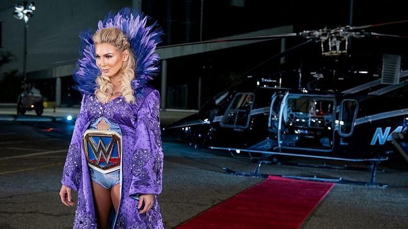 Charlotte Flair a participé à WrestleMania 35 contre Becky Lynch et Ronda Rousey