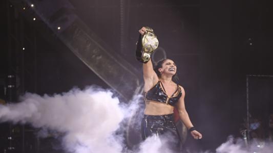 La championne féminine de la WWE NXT, Raquel Gonzalez, sur la nouvelle vague de lutte féminine à la WWE, s'imaginant à WrestleMania