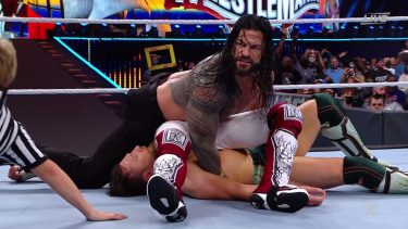 La double épingle de Roman Reigns de WrestleMania 37 sera adressée à WWE SmackDown?