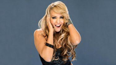 Layla parle de vieillir en tant que star de la WWE, d'être refusée pour «Total Divas»