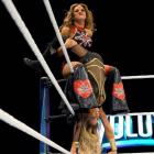 """""""WWE Evolution était le PPV le moins bien noté de tous les temps à la WWE"""" - La WWE a déclaré à Mickie James que la lutte féminine ne rapporte pas d'argent"""