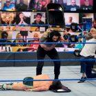 L'audience finale de WWE SmackDown est en baisse pour la carrière vs.  Match pour le titre avec la compétition de repêchage de la NFL