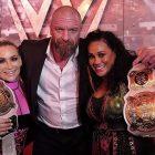 Roman Reigns, Triple H et d'autres superstars de la WWE réagissent pour revenir en tournée