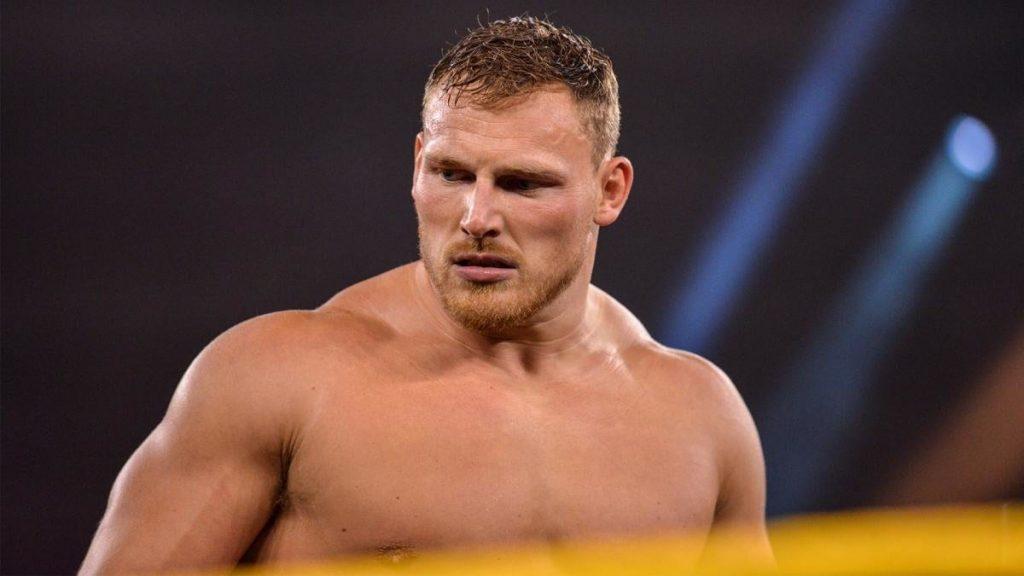 """Mise à jour des coulisses sur le statut de Ridge Holland à la WWE à la suite d'une blessure """"Freak Accident"""" l'année dernière"""
