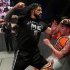 Roman Reigns explique pourquoi il a détruit Rey Mysterio et Dominik Mysterio sur WWE SmackDown