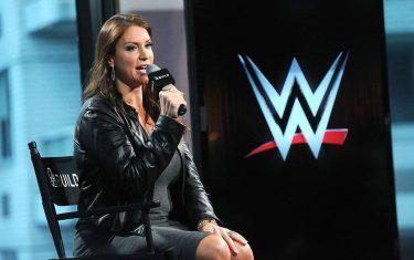 Stephanie McMahon parle des surprises de SummerSlam, de ce qu'il faut pour devenir une superstar de la WWE