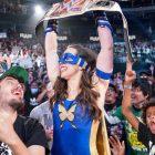 Les lutteurs réagissent au fait que Nikki ASH devienne championne féminine de Raw