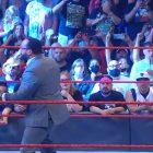 La foule en direct revient pour Raw de la WWE, mais le spectacle reste atroce